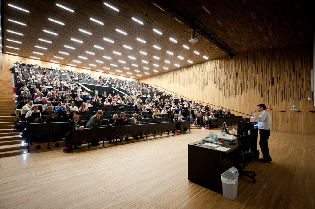 university-lecture-hall-dos-and-donts